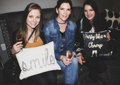 LUXE party shoppers in relax room 2018